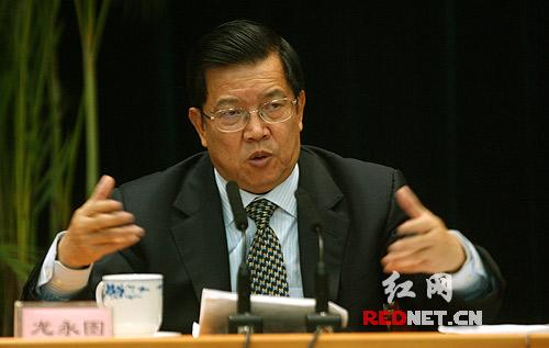 龙永图详解博鳌论坛非官方国际会议组织的作用